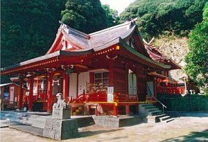 10. 豊玉姫神社 (とよたまひめじんじゃ)